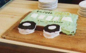 Minibus-cake
